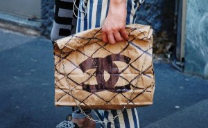 chanel paper bag, busta di carta chanel