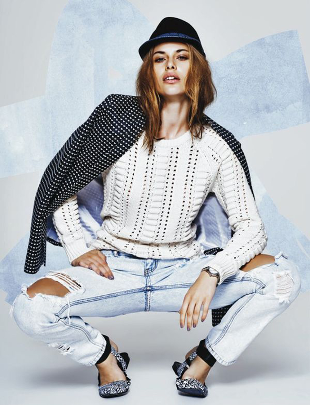outfit jeans strappati | editorial