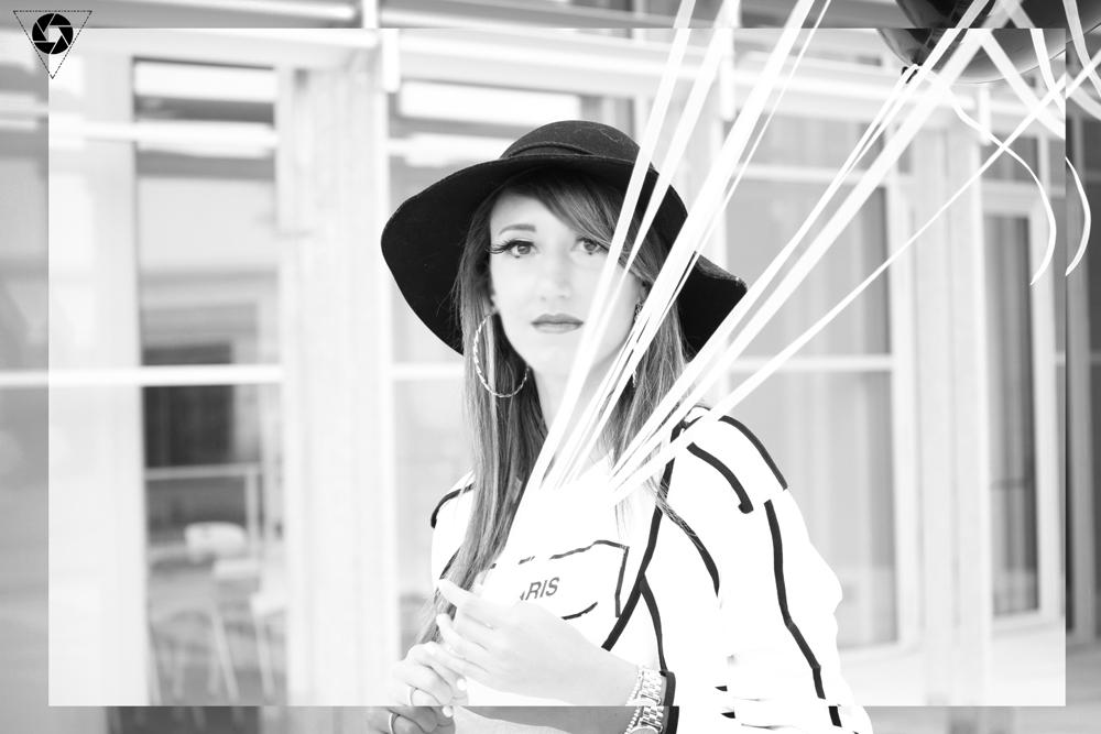 Outfit bianco e nero tra mille palloncini - Tappeto bianco e nero ...