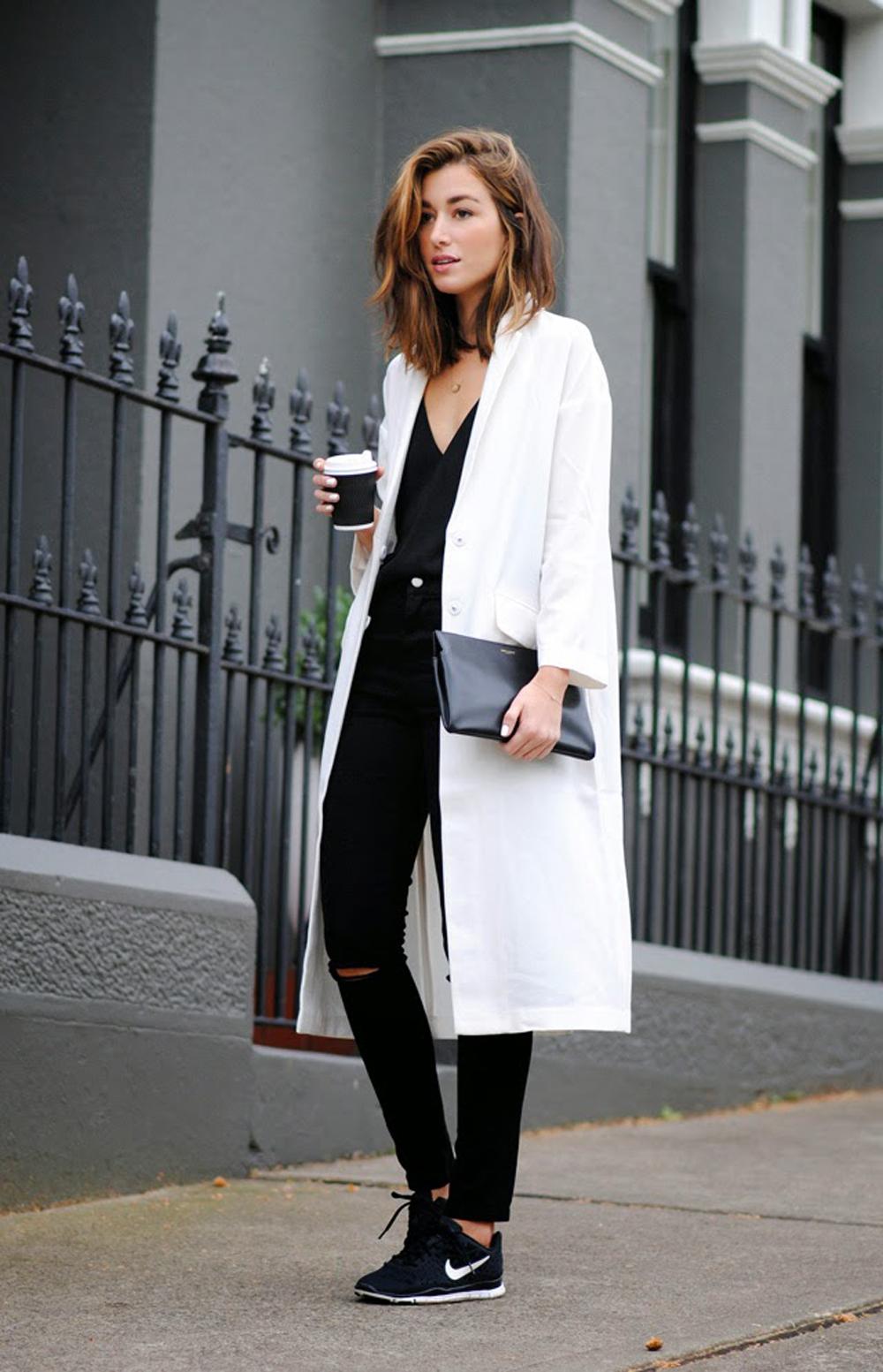 Favoloso Cappotto bianco: come abbinarlo per un outfit invernale XN22