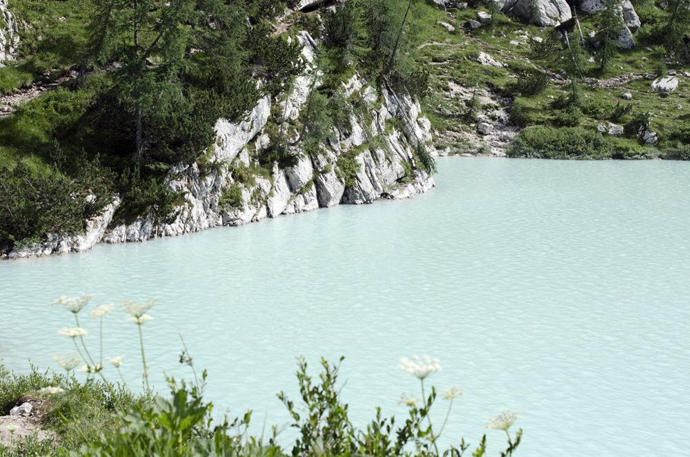 percorsi sulle dolomiti | luoghi naturali incontaminati | lago di sorapis