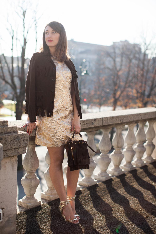 cosa indossare in primavera   outfit primaverili   giacca con frange