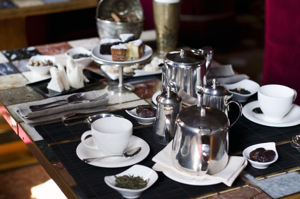 Il Rito del Tè all'Hotel Metropole: una pausa per gustare l'Oriente in tazza