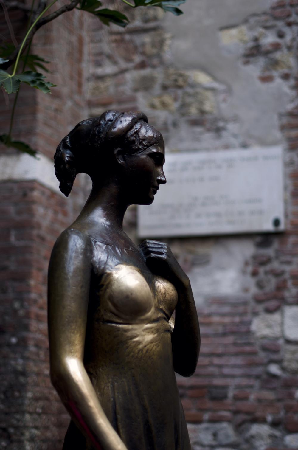 statua di giulietta verona