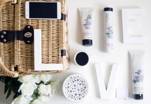 consigli per lavare i capelli tutti i giorni con un trattamento speciale