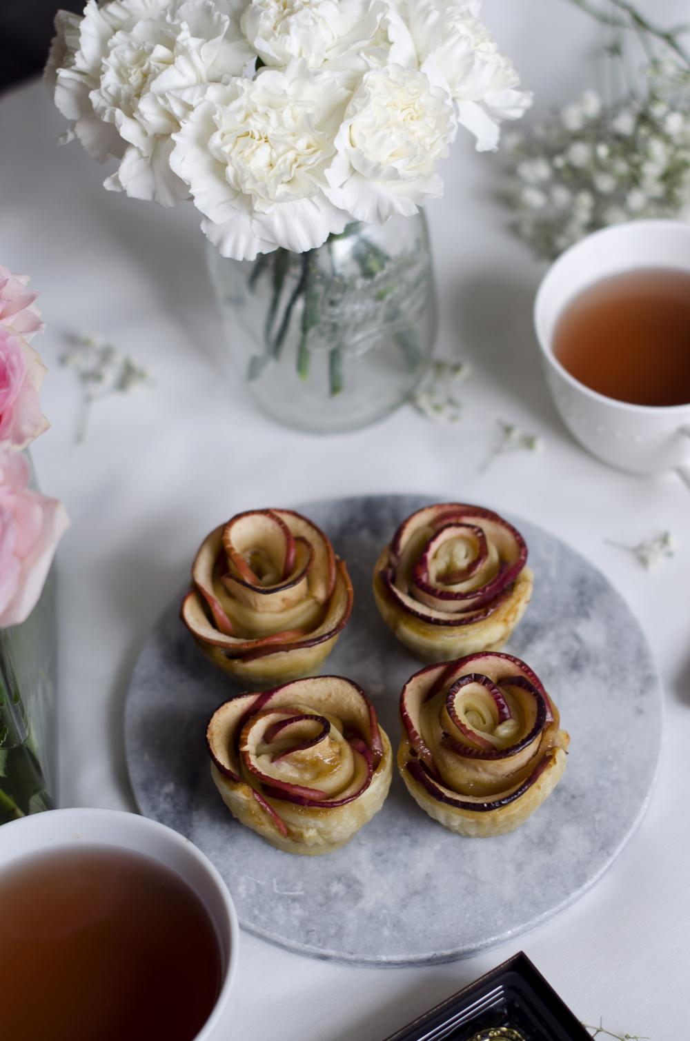 come si fanno le roselline di sfoglia e mele