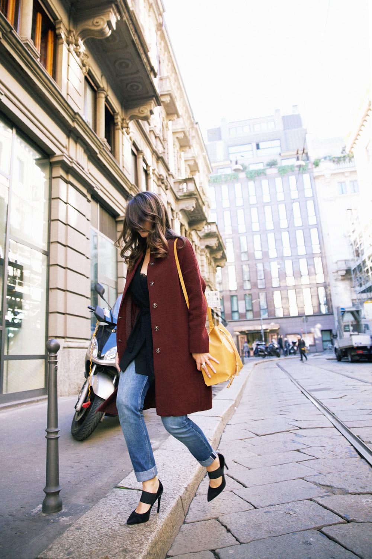 outfit easy chiccon jeans e scarpe col tacco