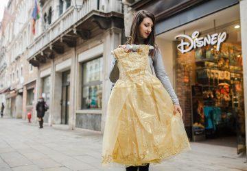 """""""La Bella e la Bestia"""" arrivano al cinema ma i prodotti sono già al Disney Store"""