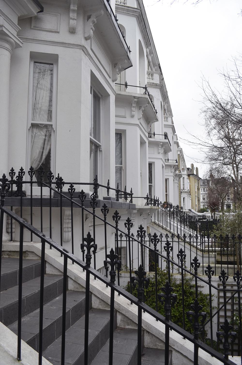 esterno di una tipica casa inglese a Londra