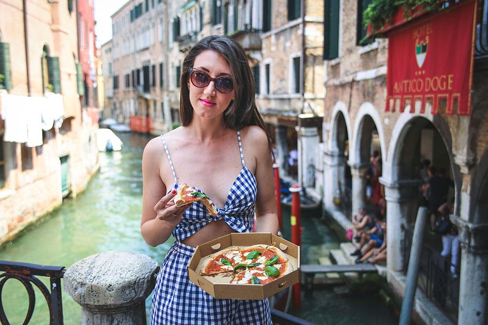 Conciliare voglia di pizza e alimentazione sana: a Venezia si può da Bella & Brava