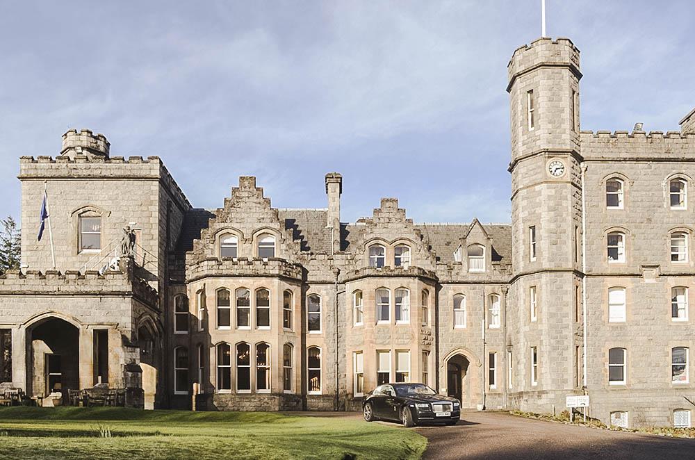 Dormire in un castello scozzese: un\'esperienza indimenticabile