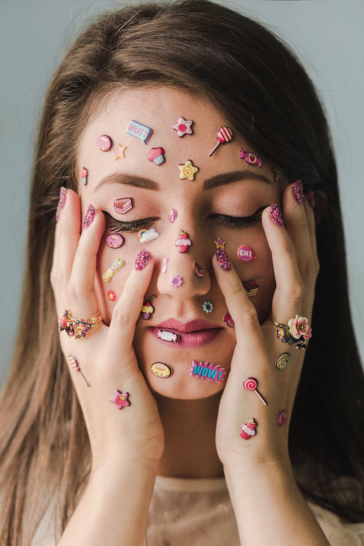estrosa-caviar-manicure