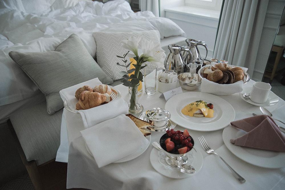 grand kronenhof hotel pontresina colazione