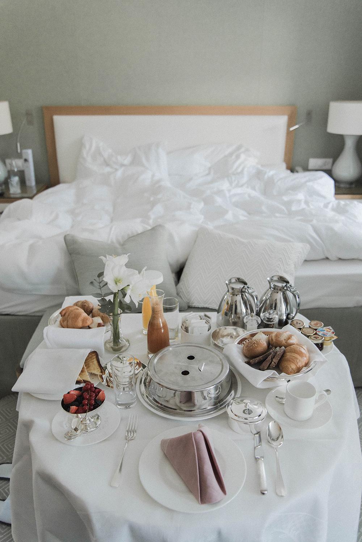 grand kronenhof hotel pontresina colazione in camera