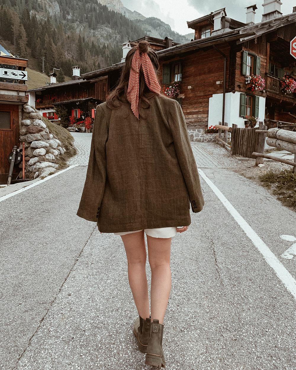 blazer shorts look montagna beige neutro